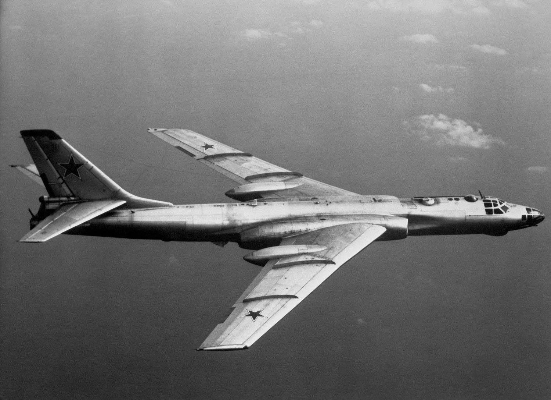 Imagini pentru tu 16 aircraft