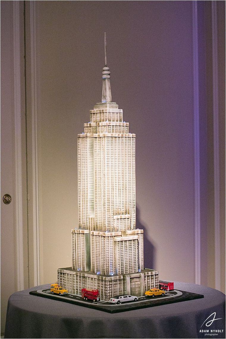 Empire State Building Grooms Cake Julie And Mats Wedding The Houstonian