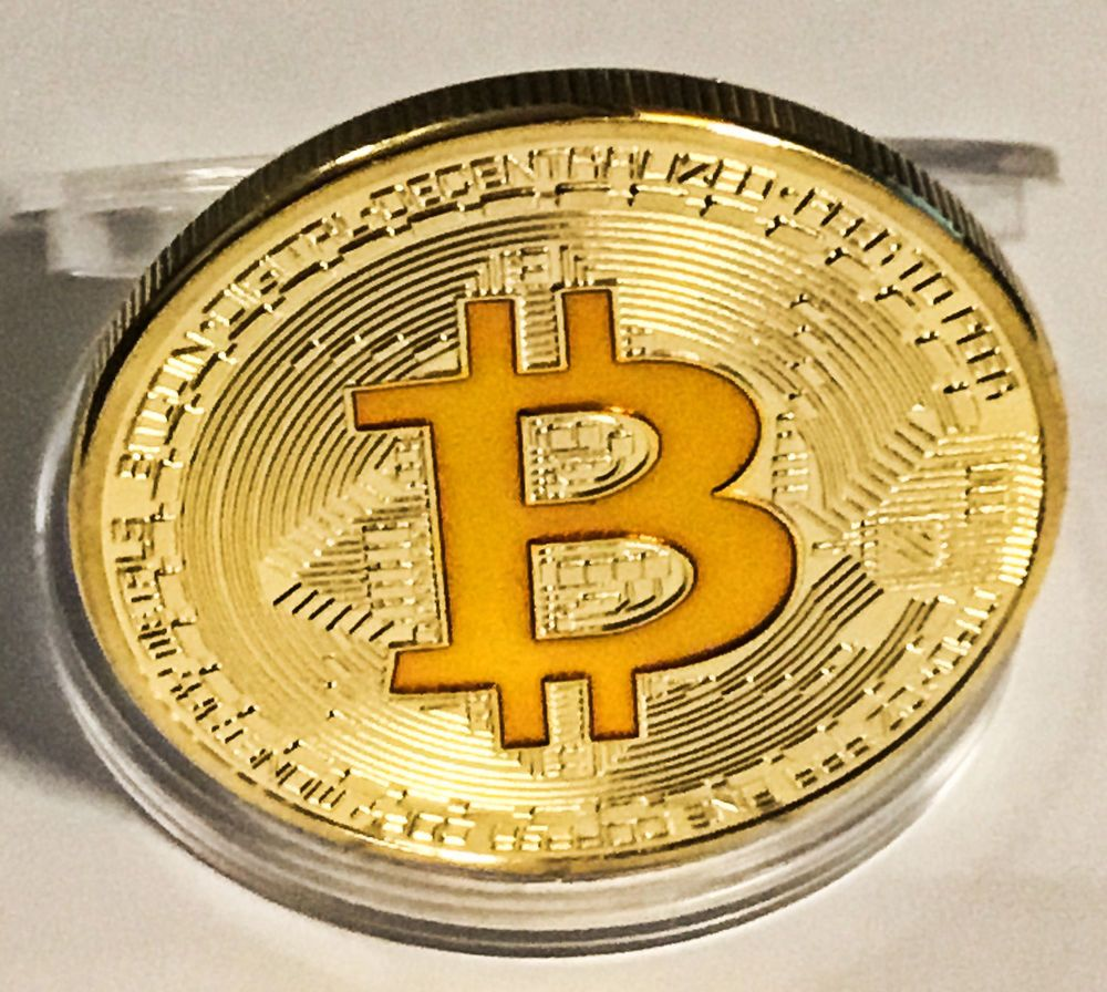 1x BITCOIN Gold Plated Physical Bitcoin in protective acrylic case FAST SHIPPING