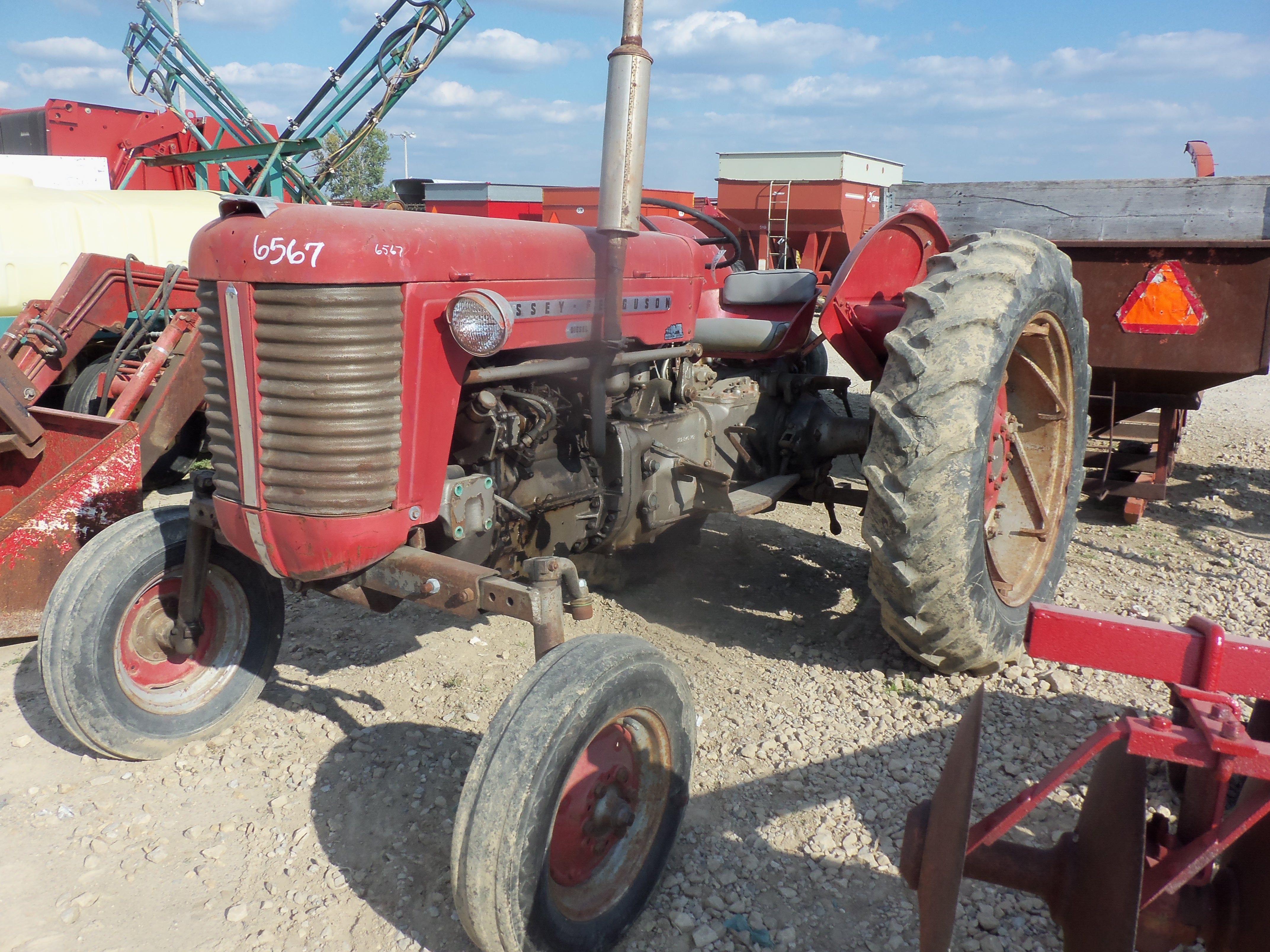 Massey Ferguson 65 Tractors Old Farm Equipment Vintage Tractors