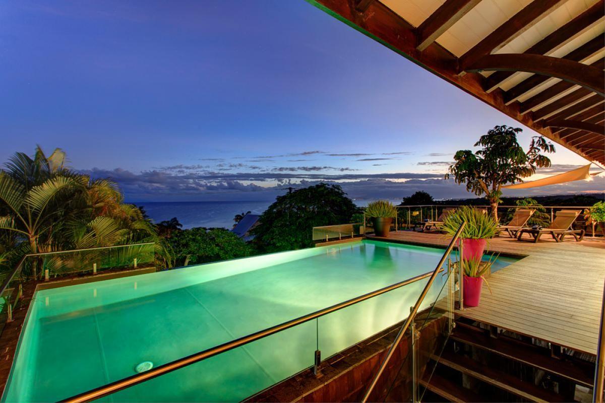 Villa De Prestige Avec Vue Mer 180 Ref Gpsa29 Sainte Anne