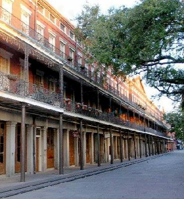 Pontalba Apartments New Orleans Most Homes Were And They Connected Close Together Often Right In The Middle Of Town