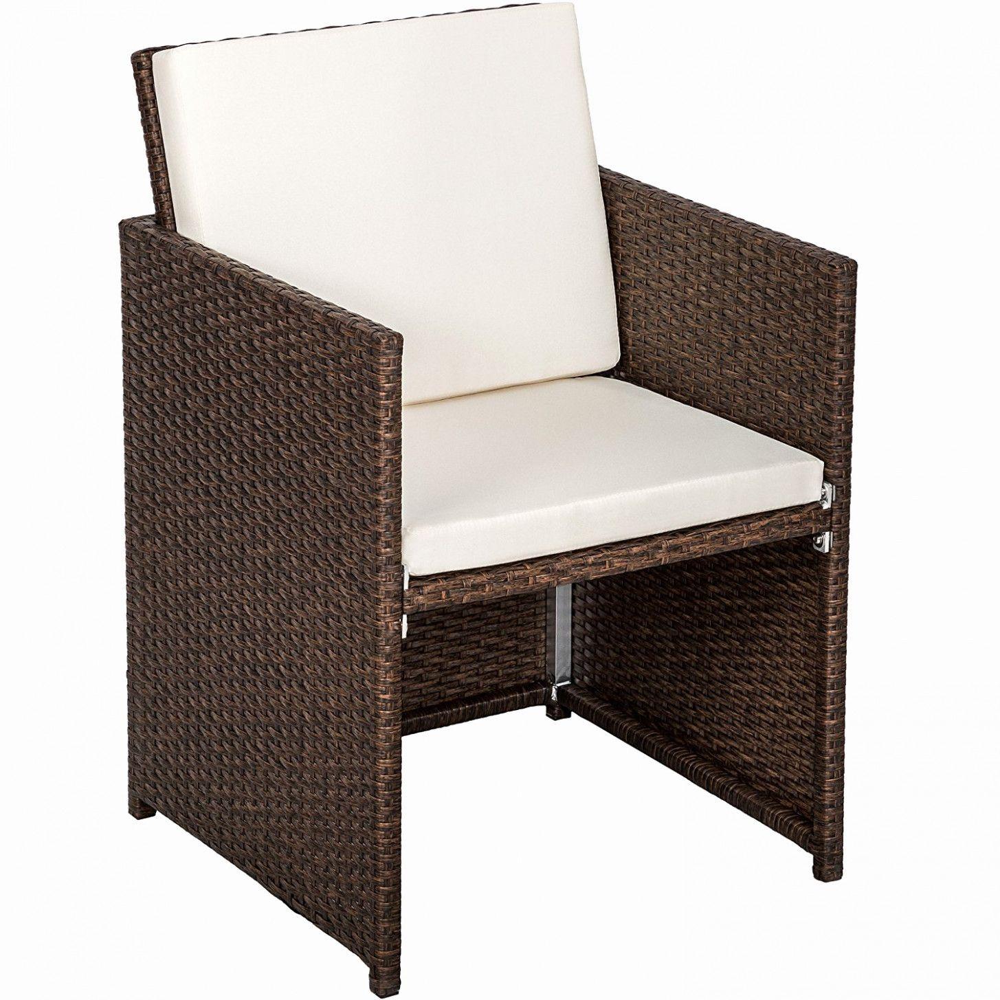 Salon De Jardin Plastique Afin De Sensibiliser Les Eleves Aux Enjeux Environnementaux In 2020 Outdoor Tables And Chairs Rattan Garden Furniture Garden Table And Chairs