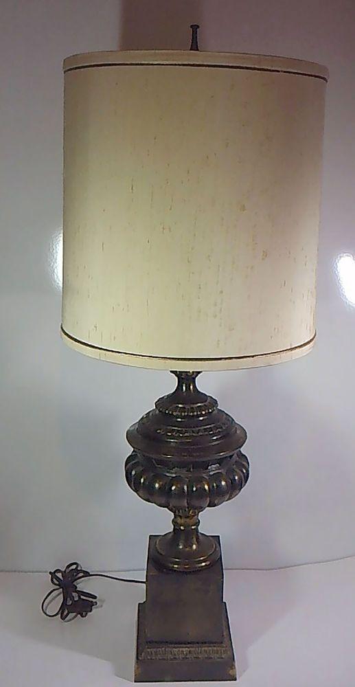Vintage Frederick Cooper Chicago Brass Bronze Hollywood Regency Table Lamp