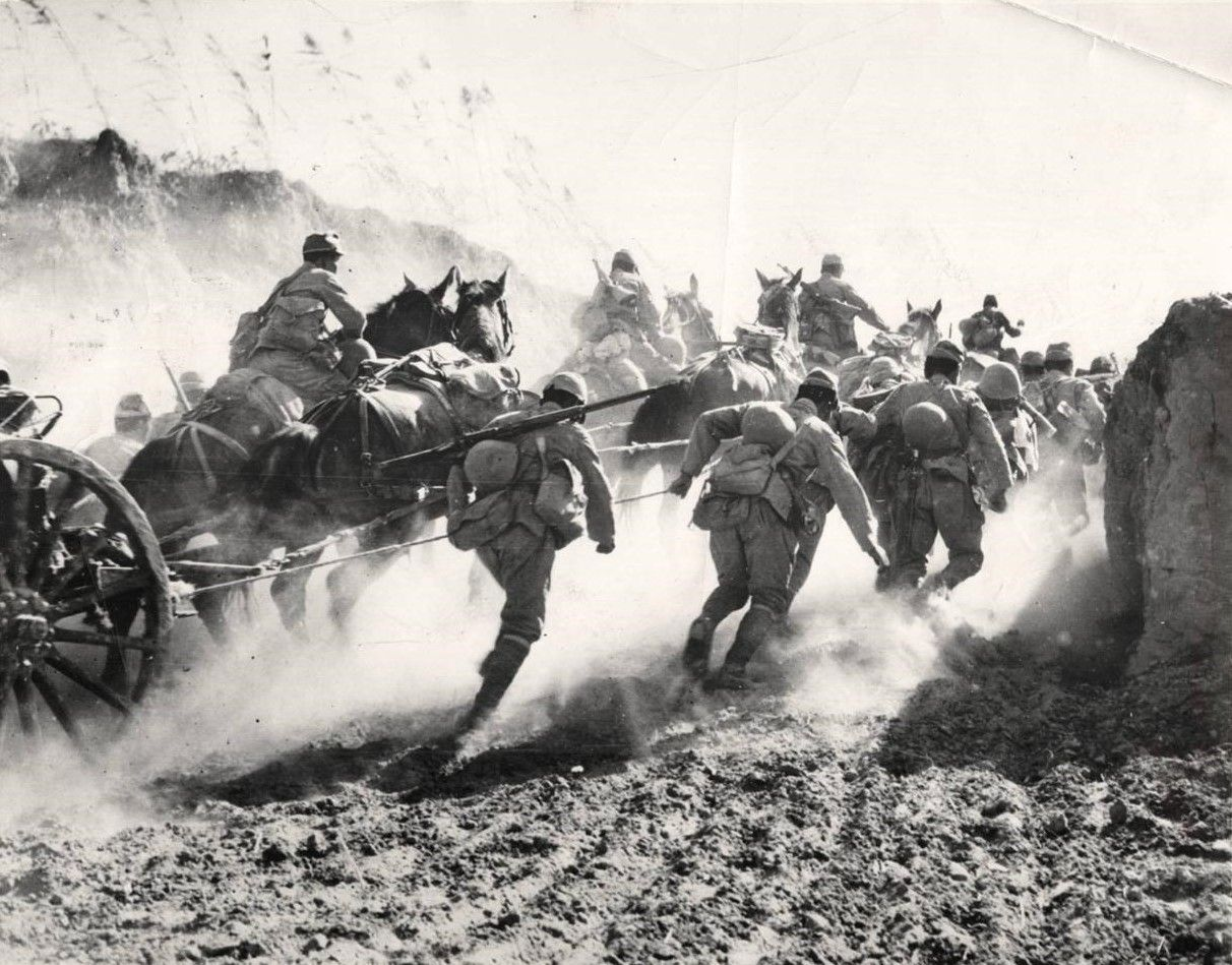 1941 Soldiers Of The Famous Japanese Mori Unit Push Their Way