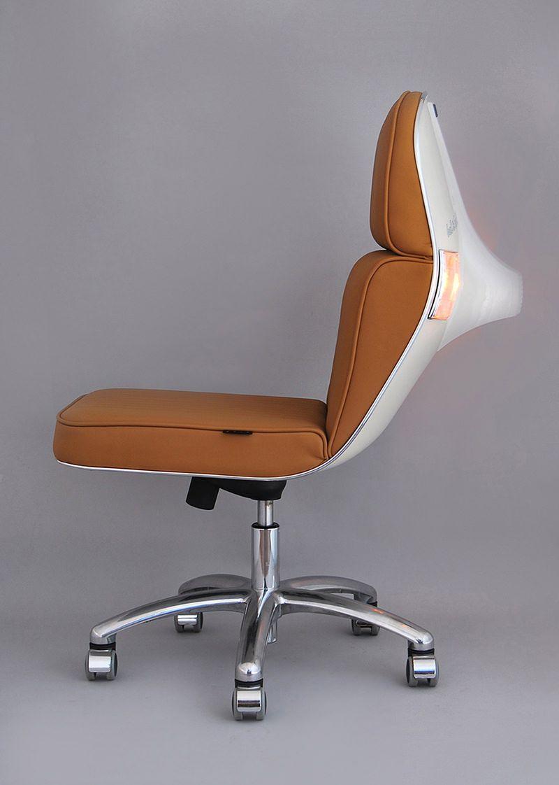 recycled vespa office chairs. Partes De Antigas Motos Vespa Se Transformam Em Modernas Cadeiras Escritório - Limaonagua Recycled Office Chairs