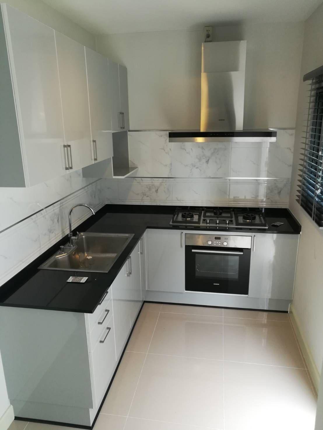 4 Small Apartment Designs Under 50 Square Meters Smallroomdesign Interiordesignofsmallroom S Kitchen Room Design Kitchen Furniture Design Home Decor Kitchen