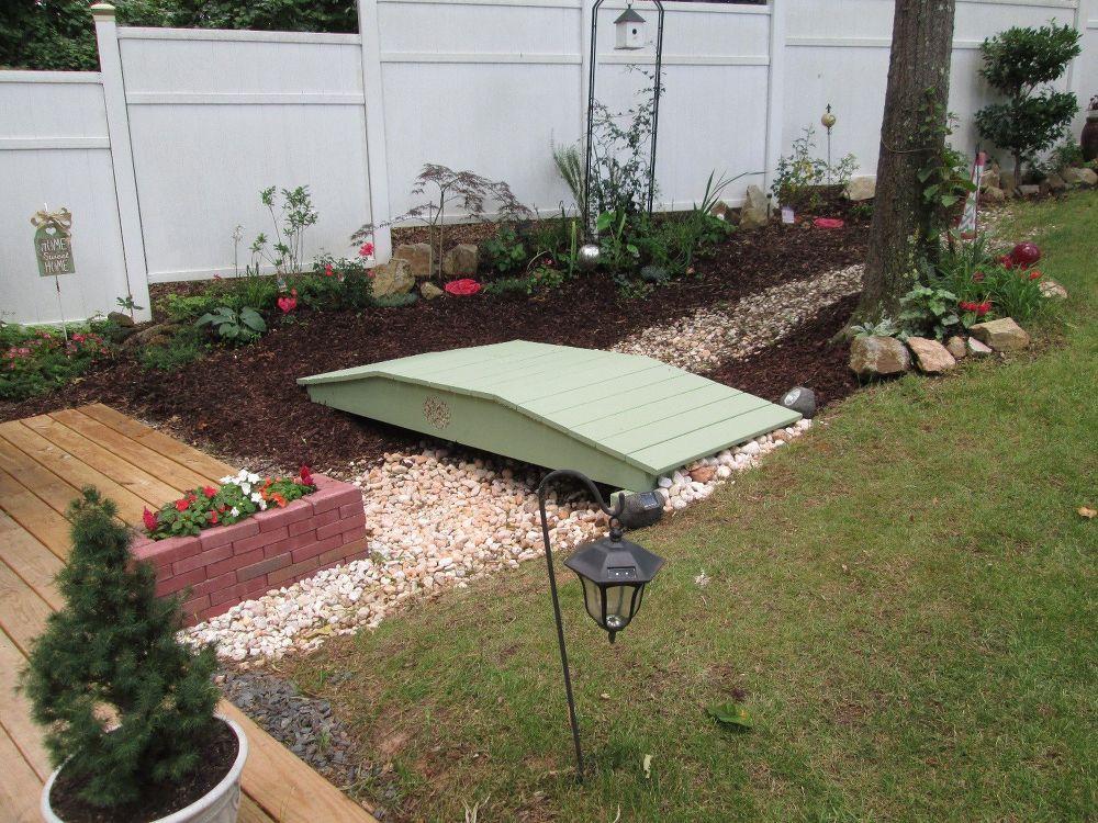 Building A Garden Footbridge Made Easy Outdoor Gardens 400 x 300