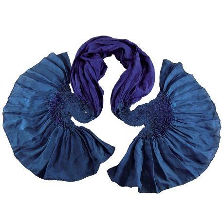 Foulard en soie Shadows, emeraude et indigo   Étoles et foulard ... 7dad4ac607f