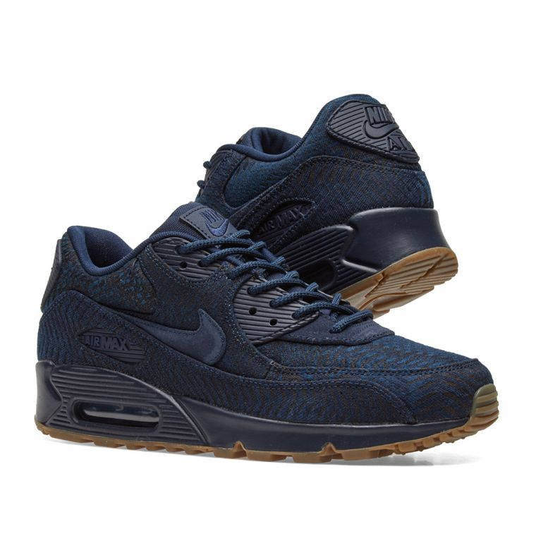 super popular 81a59 63768 Nike Air Max · Añil · A comfortable classic is covered in woven indigo and  finished with a gum rubber outsole.