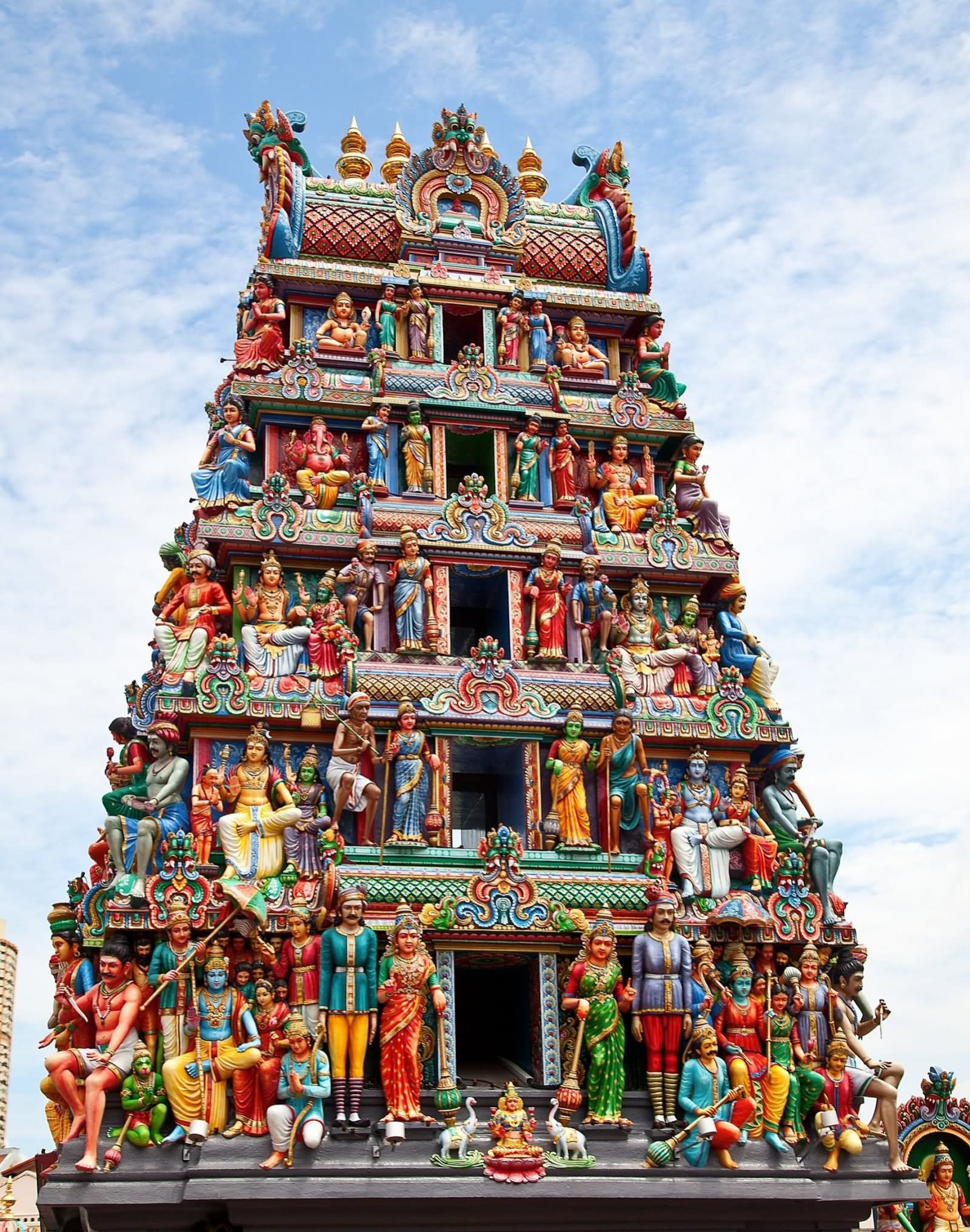 Beautiful Picture Of Sri Mariamman Temple, Singapore | Hindu temple,  Historical india, Temple