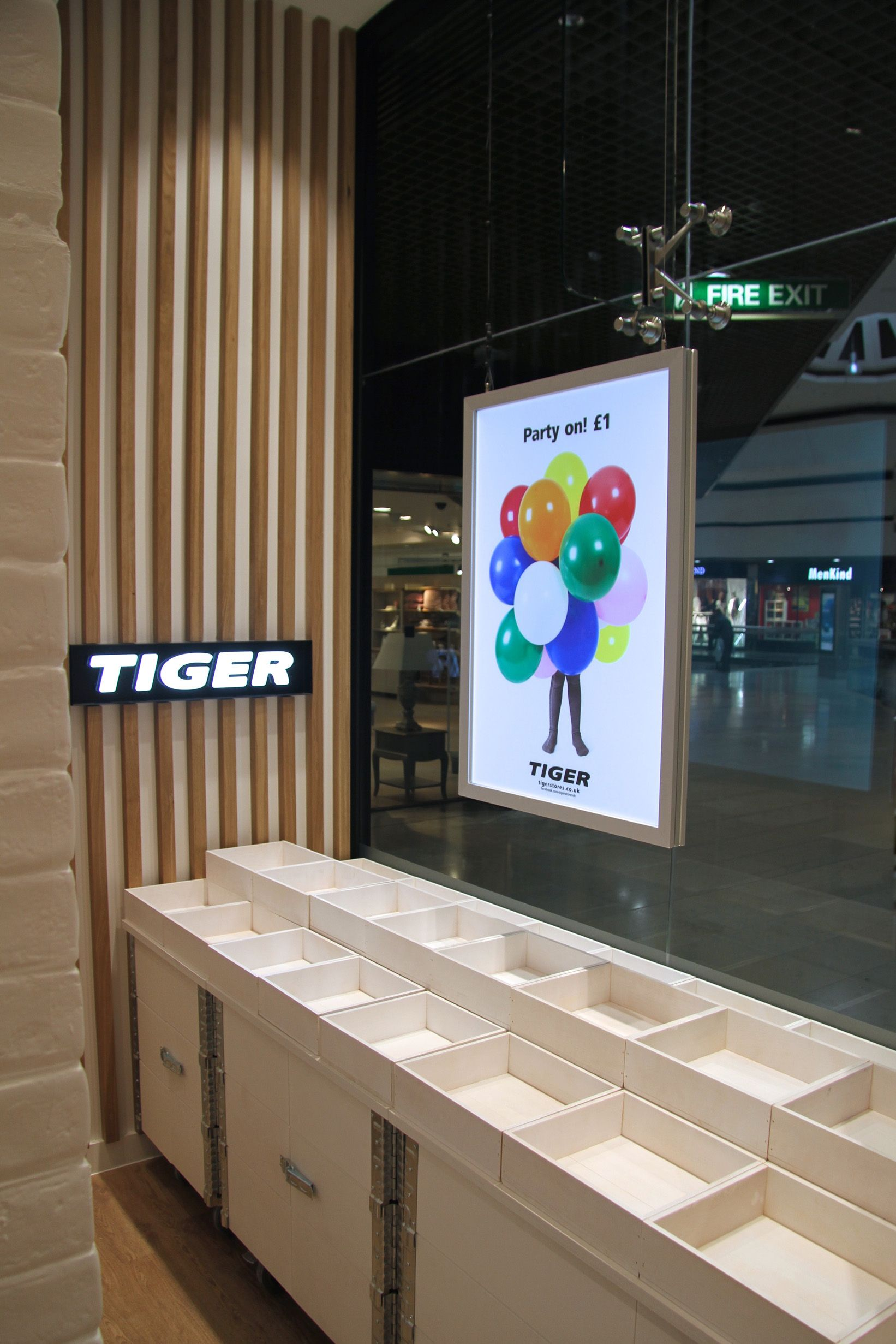 Led Light Boxes Roaring Success Tiger Stores #lightbox #retail #display #tigerstores