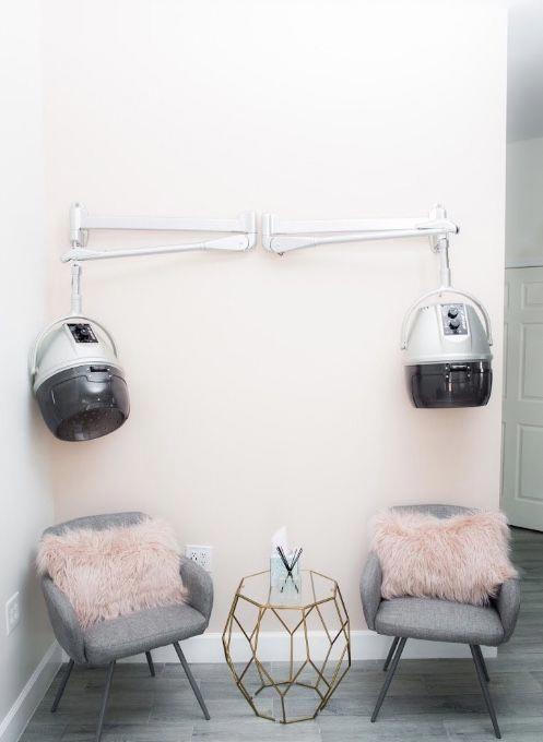 Photo of Aesthetics Salon, VA   Locken verstanden
