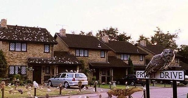 4 Privet Drive Little Whinging Surrey Surrey England Surrey Wizarding World Of Harry Potter