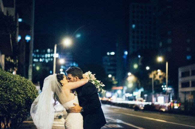 Los 50 besos de boda más románticos Image: 30