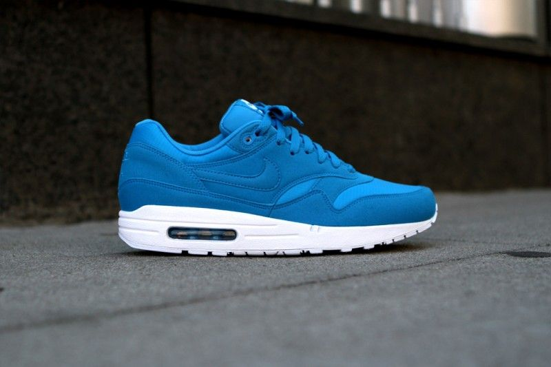 nike air max 1 blue dynamic