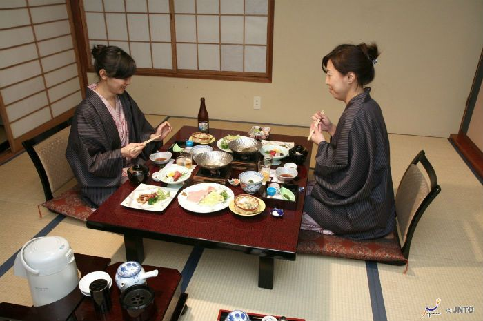 Japanese Dining Table eating at japanese low dining table - cerca con google | misaki's