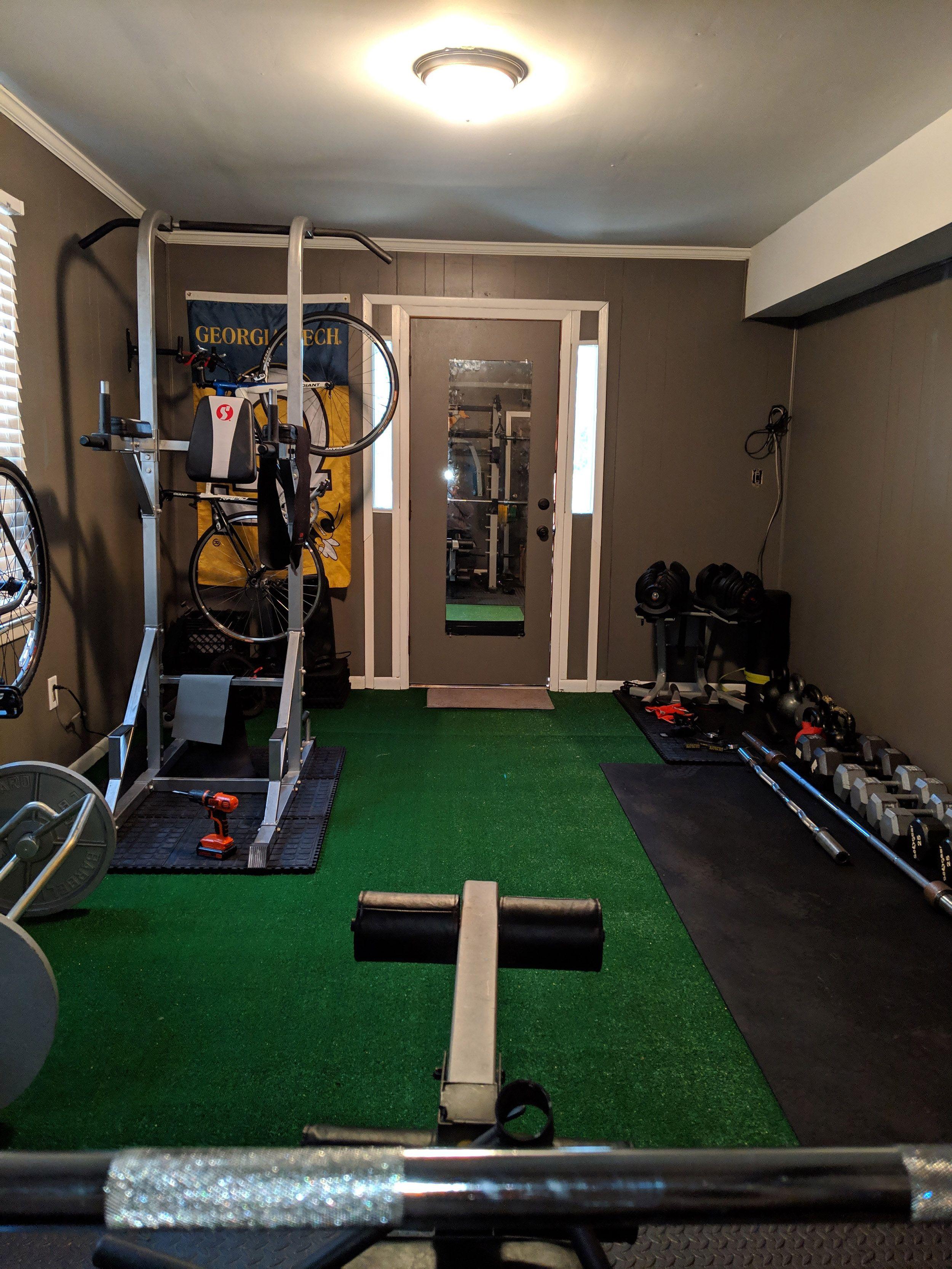 Rubber Flooring Rolls 1/4 Inch 4x10 Ft Black in 2020 Diy