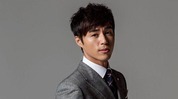 Get Closer to South Korean Actor Lee Yong-woo (Profile