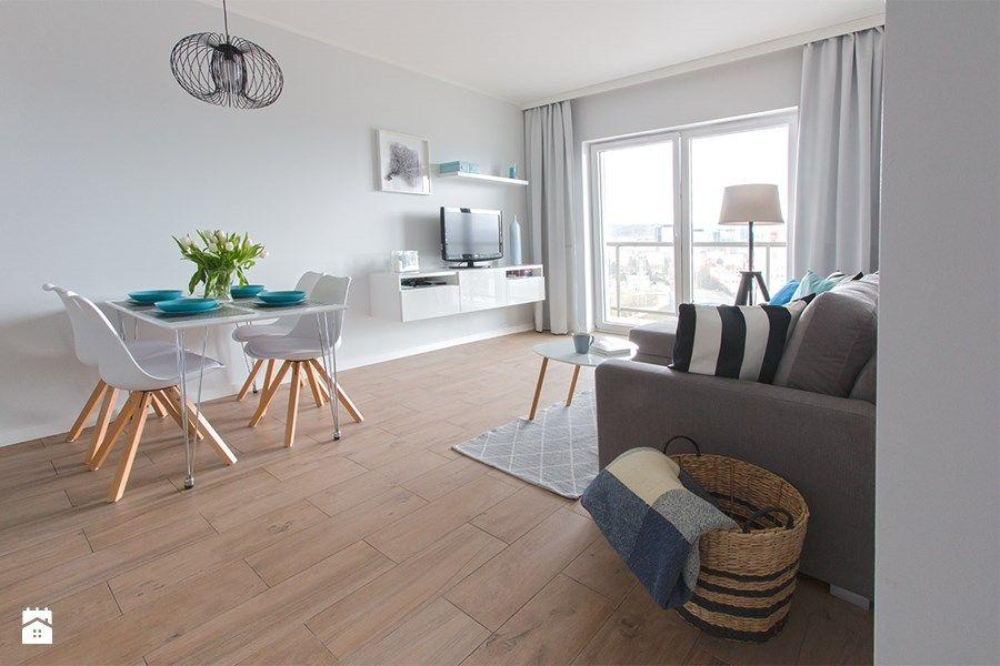 Home Staging mieszkania na wynajem Średni salon z jadalnią z