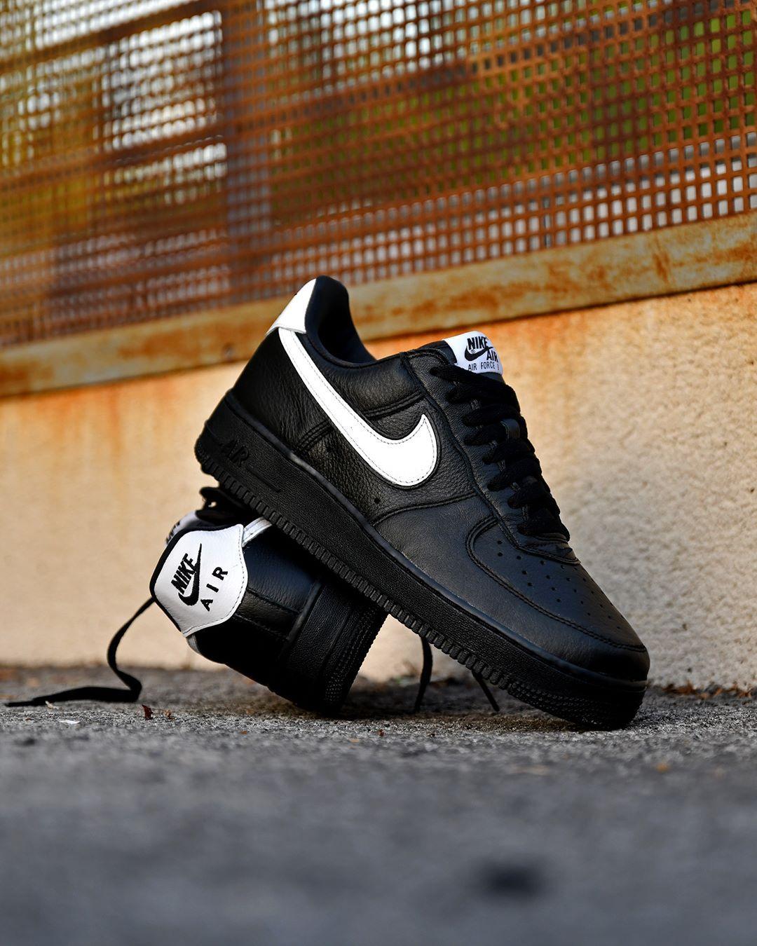 DAAAAMMN! . Nike Air Force 1 QS