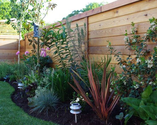 Small backyard landscaping pictures design pictures for Garden design vancouver