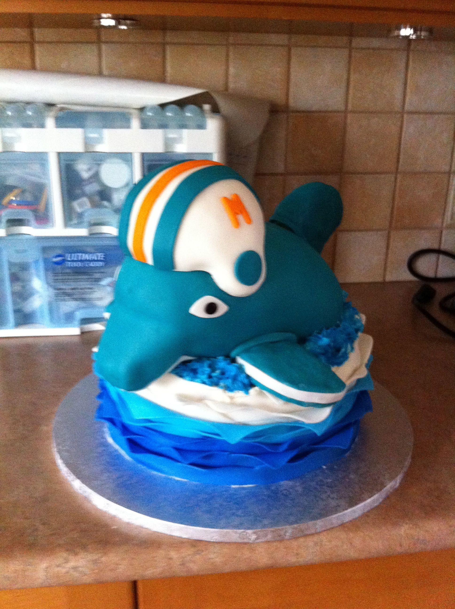 Miami dolphin cake awesome cakes toppers pinterest