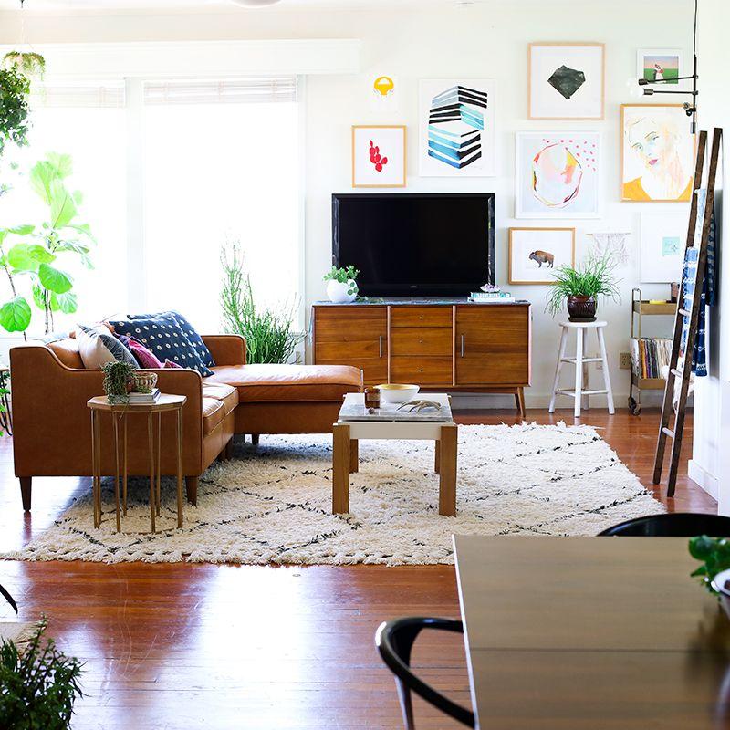 California mid-century modern & bohemian living room ...