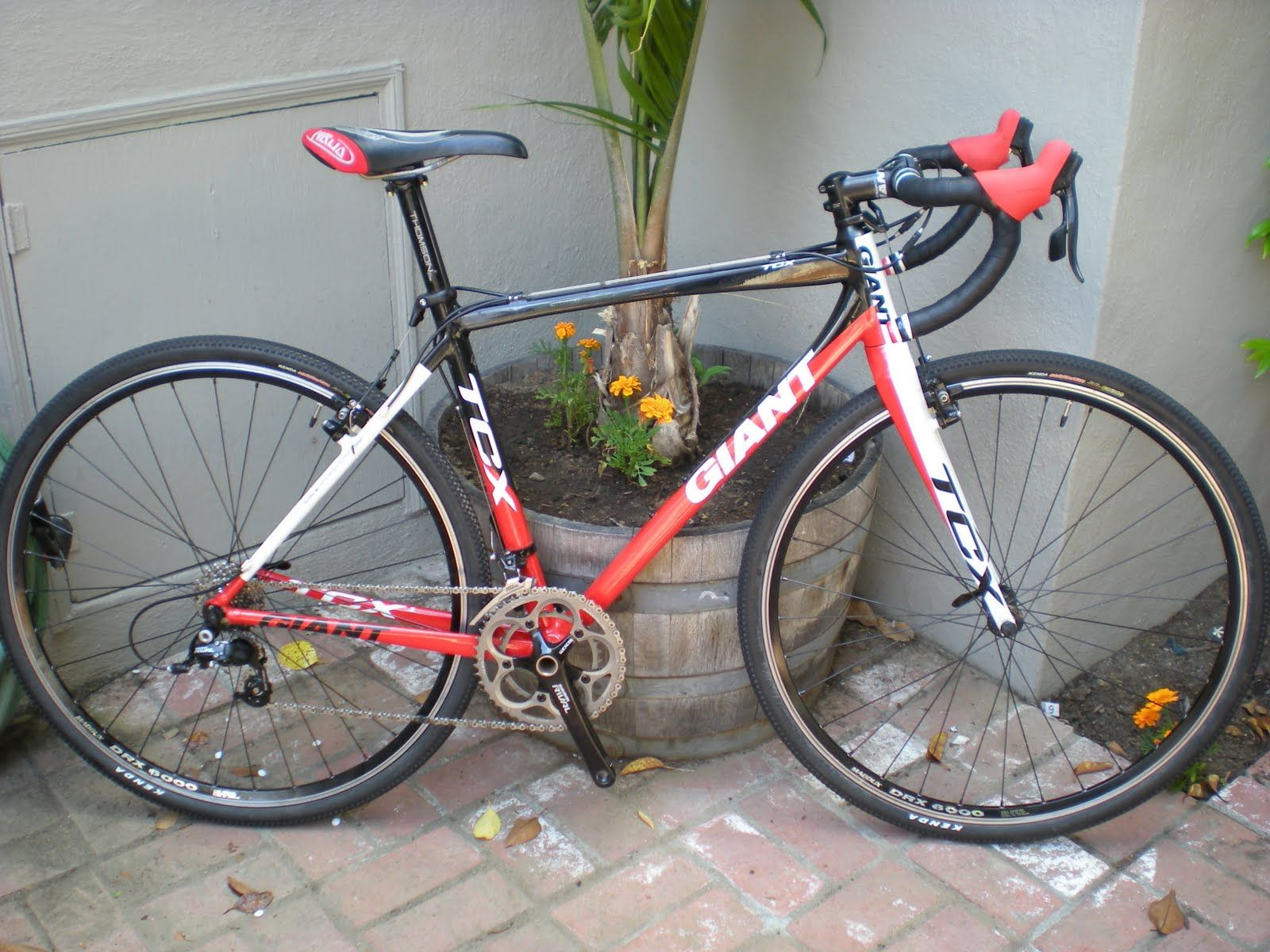 Cyclocross Bikes For Sale >> Cyclocross Bicycles Cyclocross Bike For Sale 2010 Giant Tcx 1