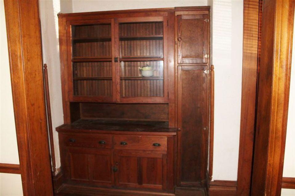 1872 Victorian Fixer Upper In Morganfield Kentucky | Fixer ...