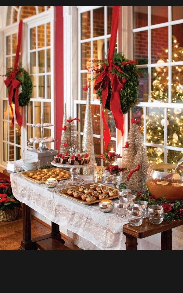Beautiful Holiday Buffet Table Decorating Ideas Part - 6: Beautiful Christmas Buffet Table, Perfect For A Holiday Party!