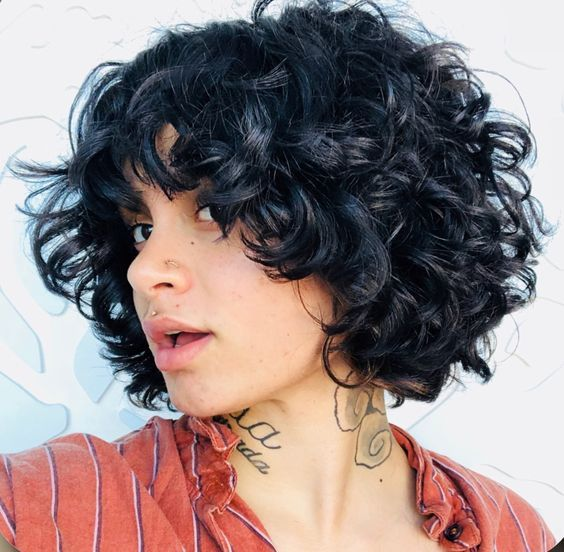 Short Bob Wavy Curly Synthetic Lace Front Wig