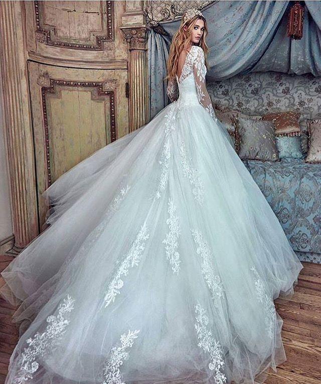 Pin by BrelynMiranda on Wedding | Pinterest | Wedding dress, Wedding ...
