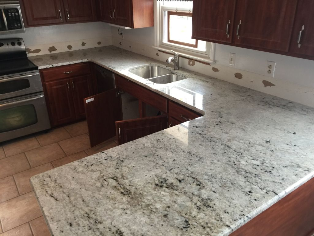 Best Colonial White Granite Counters Colonial White Granite 640 x 480
