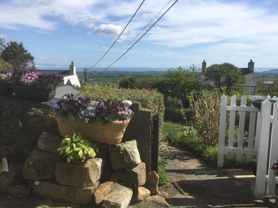 Arallt Holiday Cottage Llyn Peninsula North Wales For When You Just Want To Escape Http Www Or Holiday Cottage Family Friendly Holidays Wales Coastal Path