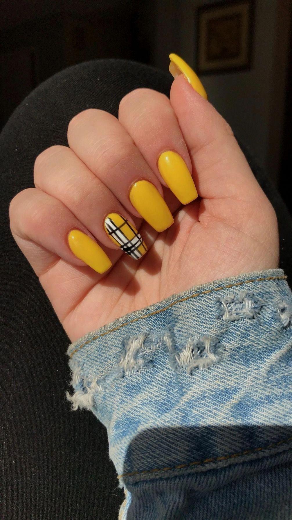 Yellow Plaid Coffin Shaped Acrylic Nails Alreadydesignedunicornideasfornails Gelnails Beautifulacrylicna Yellow Nails Yellow Nails Design Gel Nails French