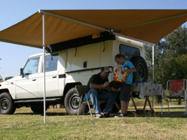 Eezi Awn Manta 270 Degree Awning Left Hand Side Free Shipping To Continental Lower 48 States U S A Introducing The Eezi Tent Awning Awning Caravan Awnings