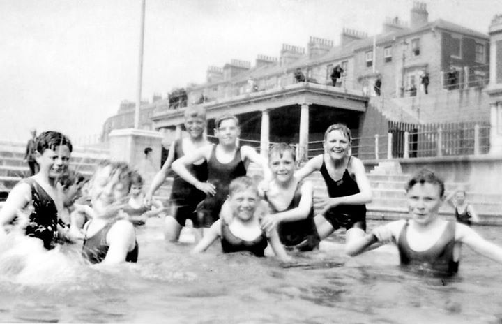 Hartlepool Boys Brigade fun in the pool 1926