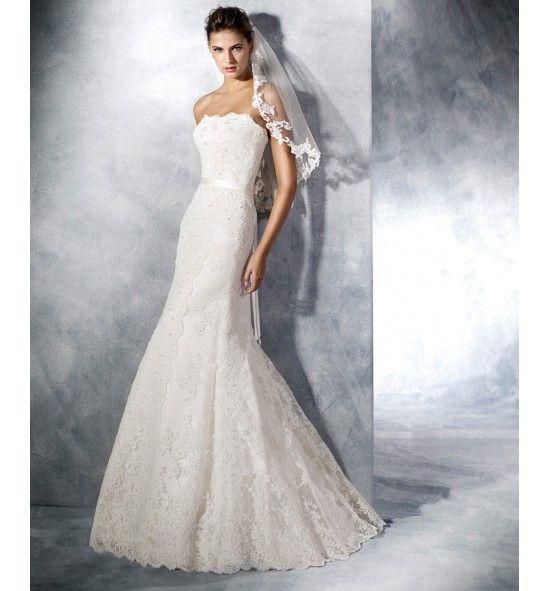Tamara, Vestido de novia White One. De encaje, corte evasé y palabra ...