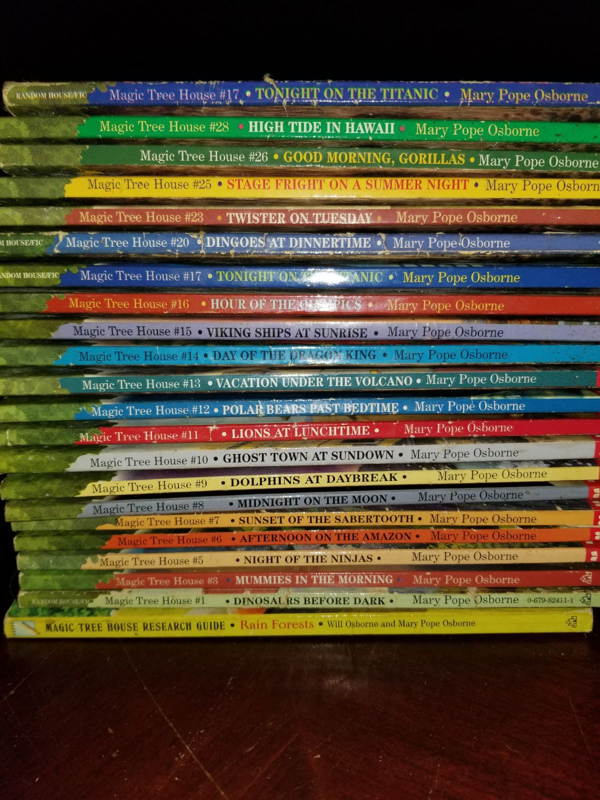22 Magic Tree House Books Magic Tree House Books Magic
