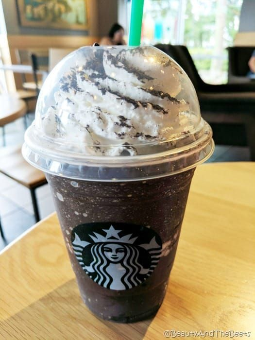 Starbucks Midnight Mint Mocha Frappuccino copycat recipe #starbucksfrappuccino