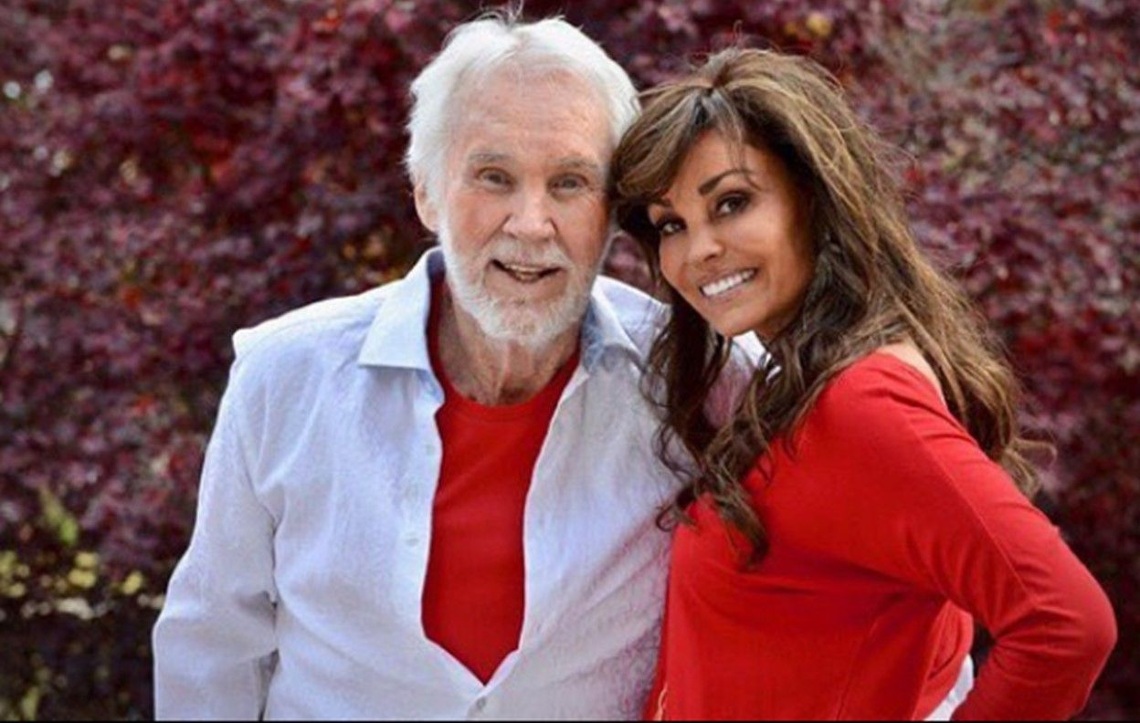 Meet Kenny Rogers' Wife, Wanda Miller Rogers [Pictures] in 2020 ...