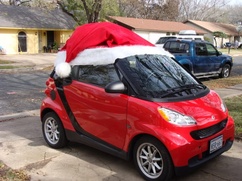 3463937537b00 Santa Hat for the Smart Fortwo