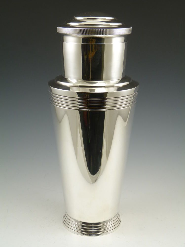 MAPPIN & WEBB Silver Plate - Art Deco Cocktail Shaker - Keith Murray Design