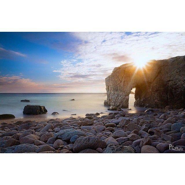 à Quiberon, l'arche de Port-Blanc à la pointe du Percho promet de très jolies photos...  ✨