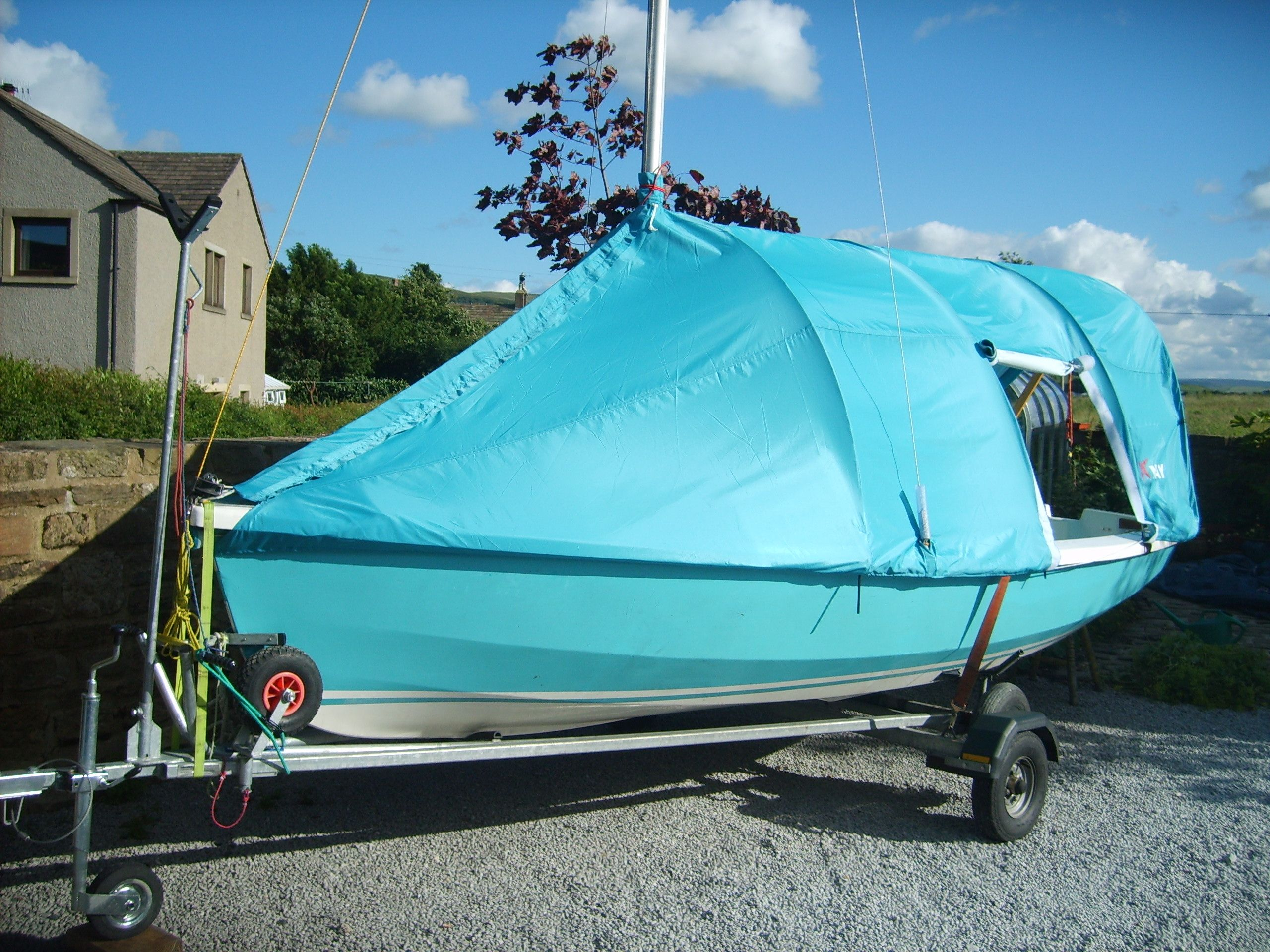 North-West Sails offers this Wayfarer Tent. Slick but too matchy-matchy & North-West Sails offers this Wayfarer Tent. Slick but too matchy ...
