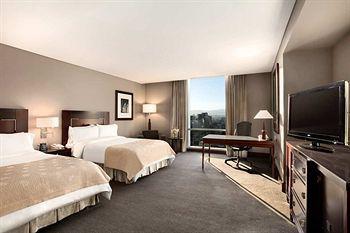 Df Hilton Mexico City Reforma Park City Views Located