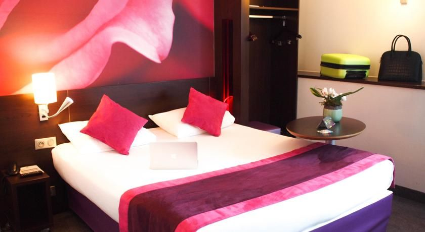 Ibis Styles Angers Centre Gare Angers Set Less Than 10 Minutes Walk From Angers Saint Laud Train Station And The City Centre H Train Station Hotel Home Decor