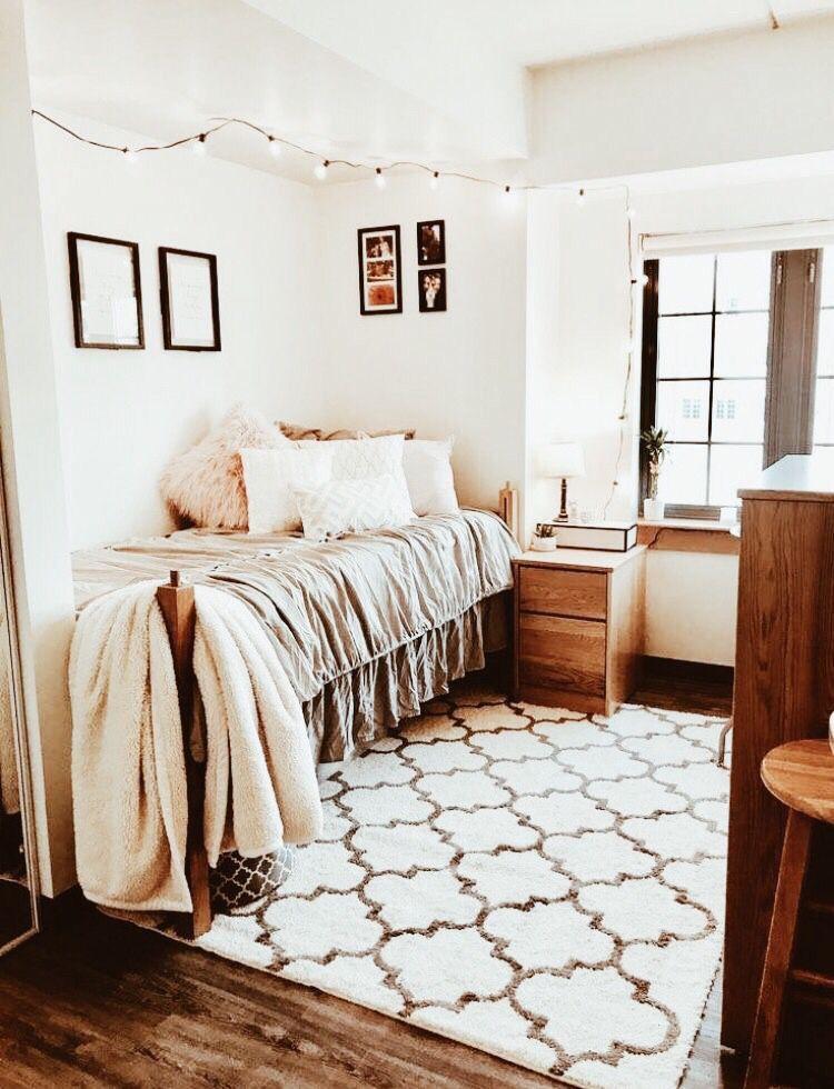P I N T E R E S T Annaxlovee Dorm Room Inspiration College Bedroom Decor Cozy Dorm Room