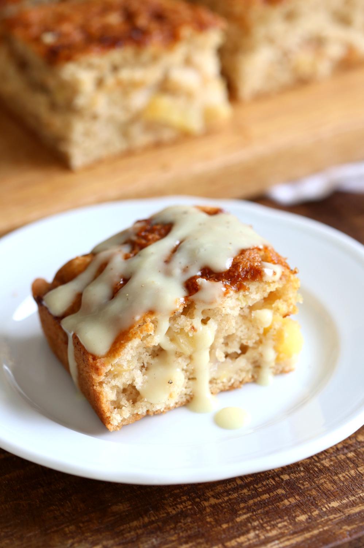 Vegan Apple Cake With Cinnamon Custard Vegan Richa Recipe Vegan Apple Cake Food Vegan Desserts